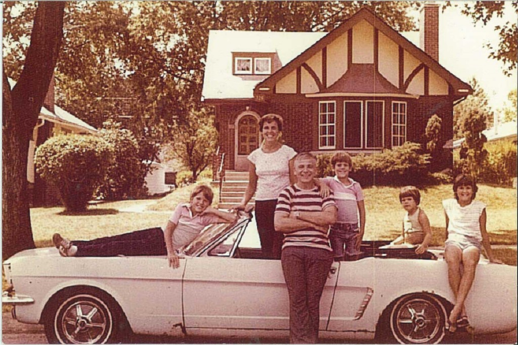 Wise_Family_Mustang_1979
