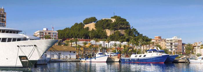 Puerto de Denia y vista del castillo