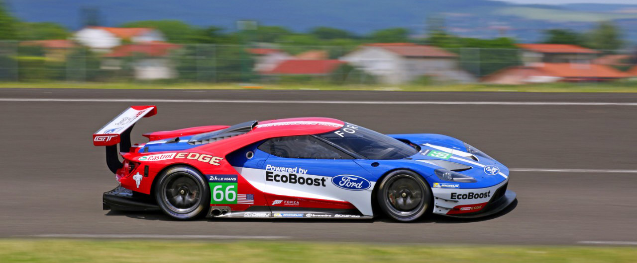 FORD-GT_LE_MANS