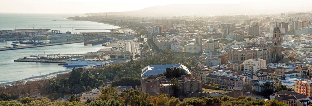 Paisaje de Málaga mirando desde Gibralfaro (iStock)