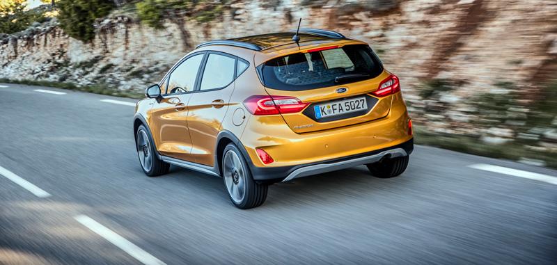 Ford Fiesta Active en tono Lux Yellow