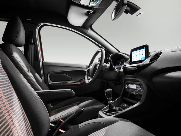 Interior del Ford Ka+ Active