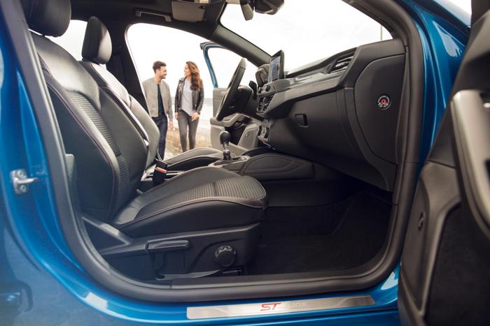 Interior del Ford Focus 2018 ST-Line