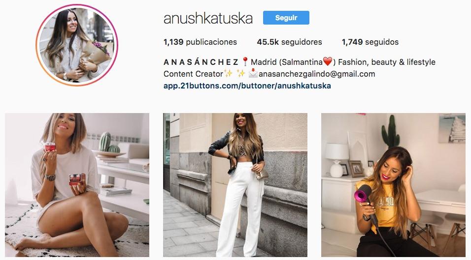 Perfil de Instagram de @anushkatuska