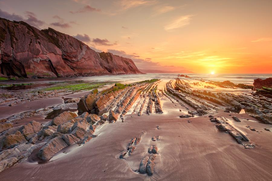 Playa de Itzurun ©jarcosa, iStock