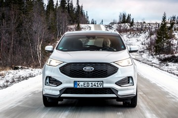 2018_FORD_EDGE_ST_LINE_WHITE_PLATINUM__004